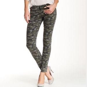 3/$25 sale! Blank NYC camo jeans 25